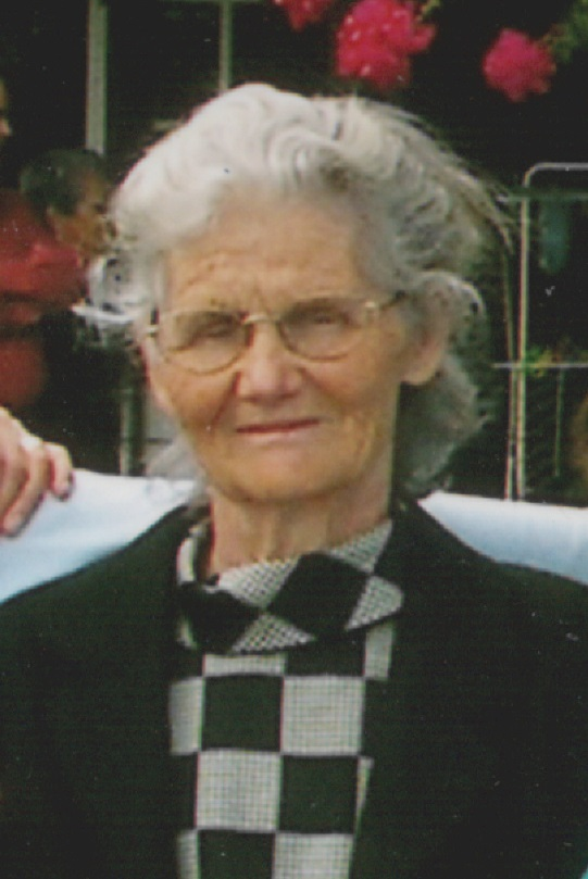 Isabel Maria Esteves
